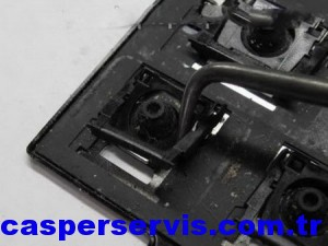 disassemble-laptop-keyboard-21