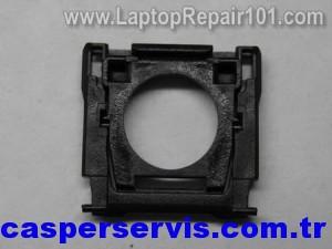 disassemble-laptop-keyboard-24